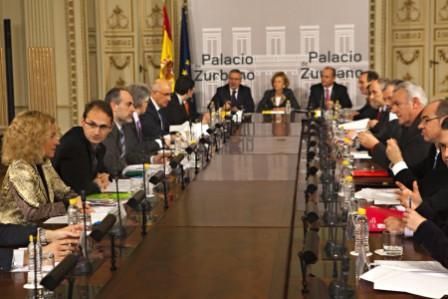 Reunión en Zurbano, entre el Gobierno y los portavoces parlamentarios