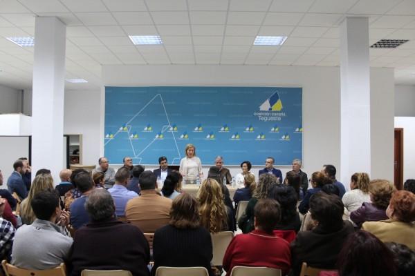 Ana Oramas con compañeros de Tegueste y El Sauzal.