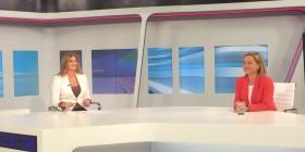 Ana Oramas con Cristina Almandós, de TVE durante la entrevista