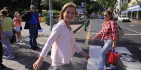 Ana Oramas en la calle