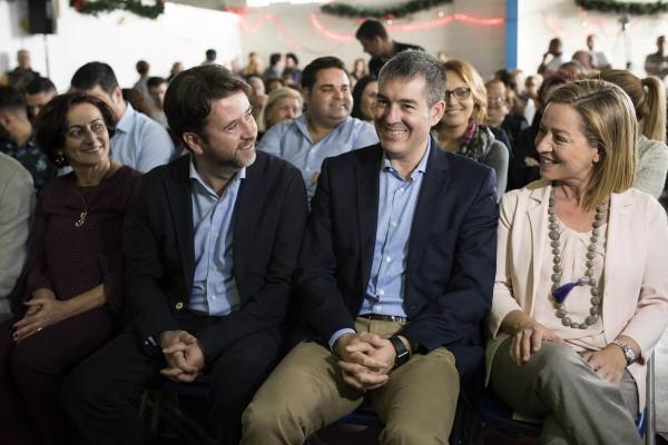 Ana Oramas, candidata de Coalición Canaria para las generales en la presentación de candidatos en Granadilla de Abona  a 8 de Diciembre de 2015.