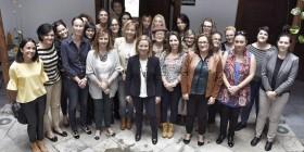 Ana Oramas en un encuentro con mujeres en La Palma